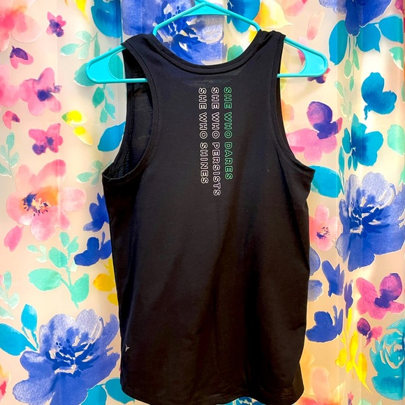 💙Old Navy Graphic Active Tank